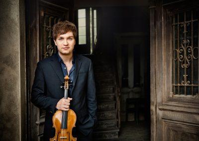 Nils Mönkemeyer und Orchester M18
