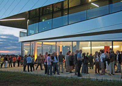 """Publikumsansturm beim ersten öffentlichen Konzert im neu eröffneten Museum """"paläon"""" (Foto: Volker Linne)"""
